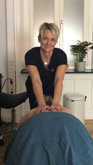 Camilla-nillson-massage-emot-stress